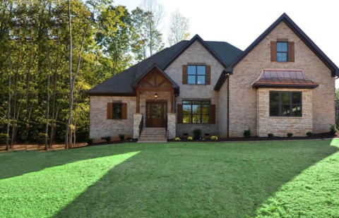 Lamb & Peeples Builders builds quality custom homes in Stokesdale and Oak Ridge NC